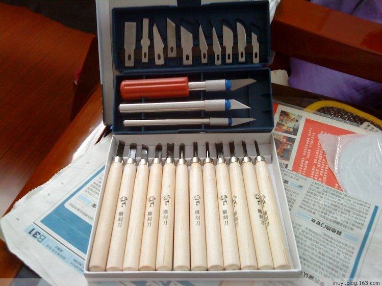 中文名称 木工工具 特点 刃口锋利 属于 木料加工器具 功能 锯割,刨