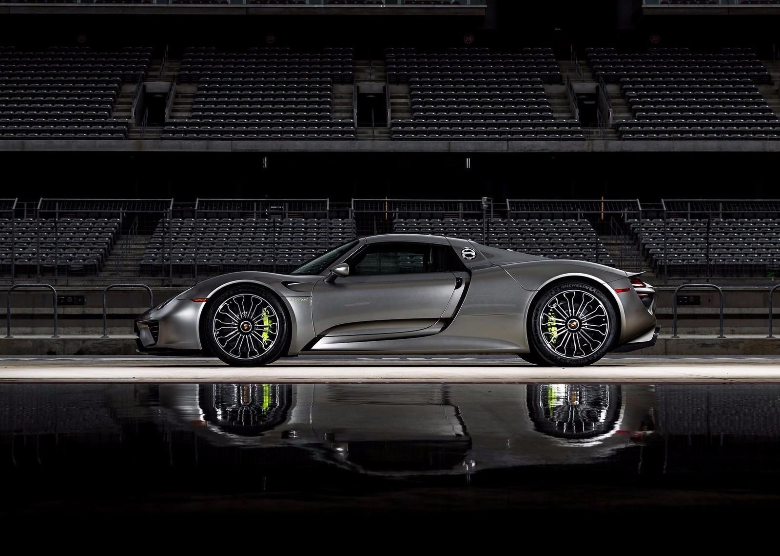 保时捷油电混合动力超跑 918 spyder