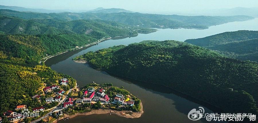 卢湖风景区位于广德县城南郊
