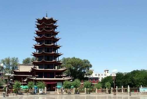 现存木塔重建于1926年,为张掖市五行(金,木,水,火,土)塔之一.塔高32.