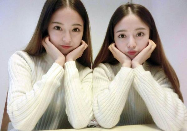 四川双胞胎姐妹花